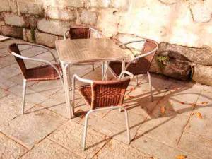 licencia para terraza de bar mobiliario