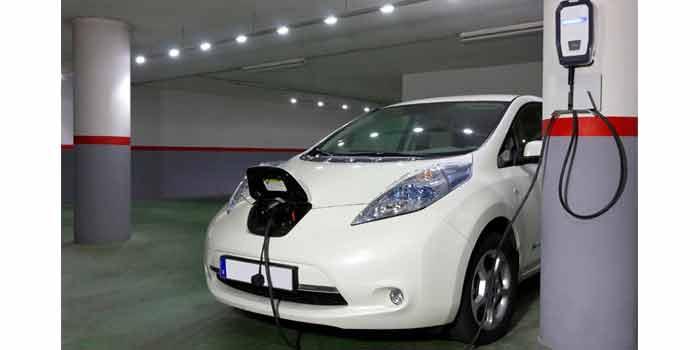 Puedo cargar coche eléctrico en mi garaje